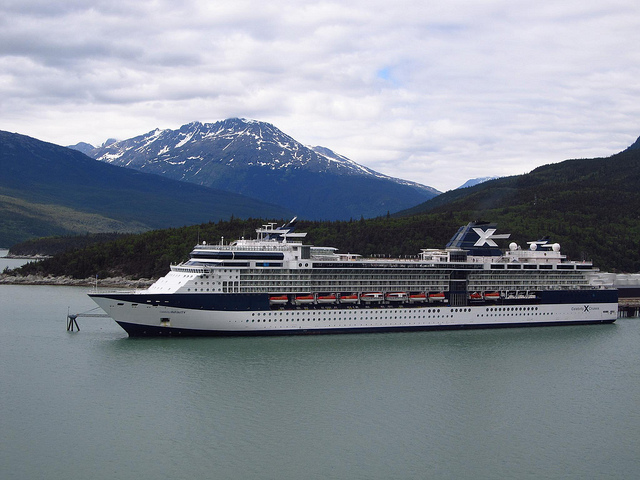 Cruise ship blocks Skagway AT&T phone service Thursday