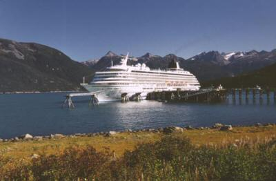Haines considers waiving cruise ship dock fees to boost tax revenue