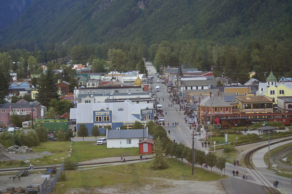 Skagway cell phone customers frustrated with service