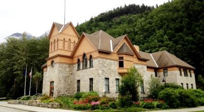 Skagway's city hall and museum. (Greta Mart)