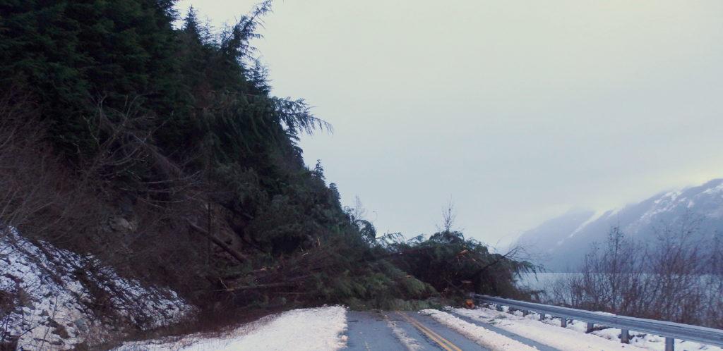 Landslide temporarily closes Lutak Road