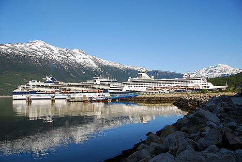 Cruise ships docked in Skagway. (JP Morgan/Creative Commons)