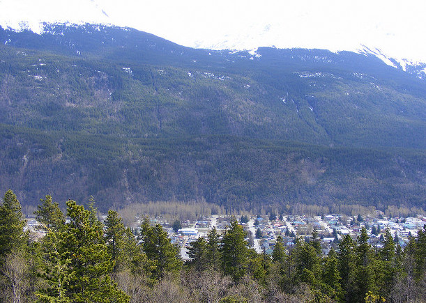 After overnight search, hikers located on AB Mountain in Skagway