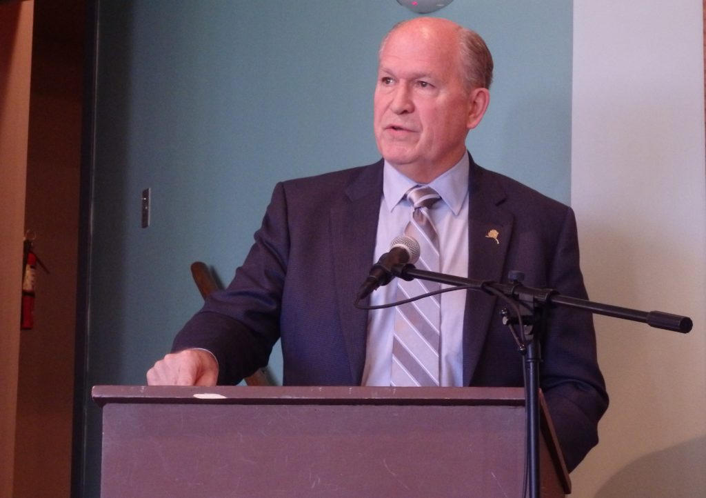 Gov. Bill Walker speaks in Haines. (Emily Files)