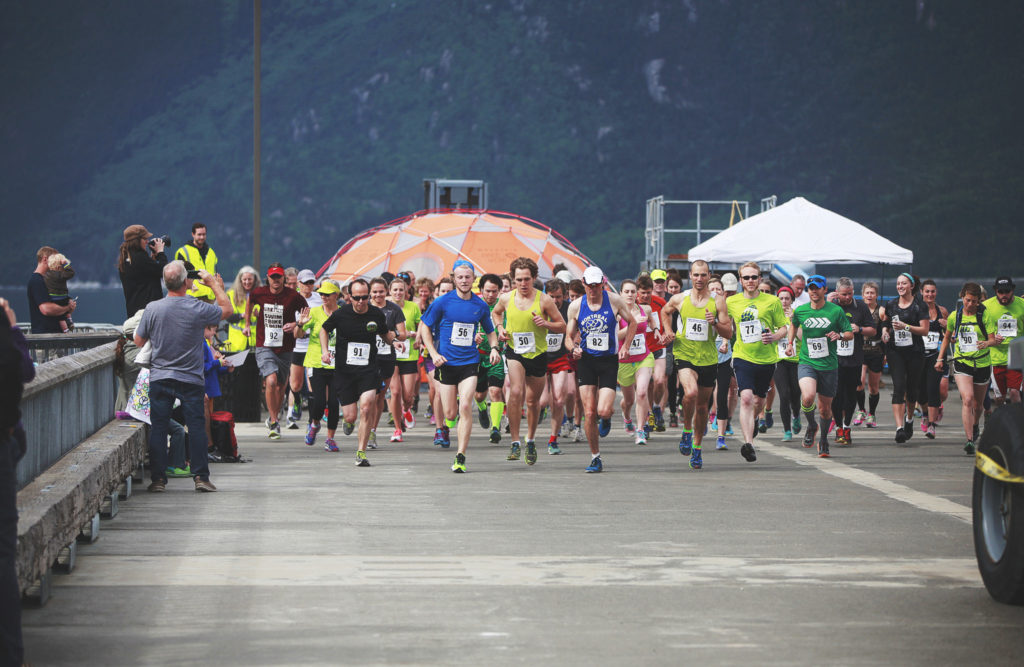 Runners at the start of Duff's Skagway Marathon in 2015. (Duff's Skagway Marathon/Elise Giordano)