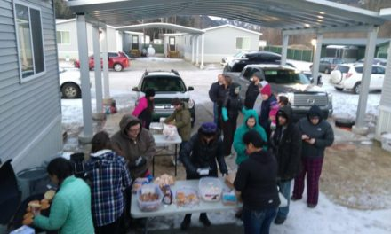 Skagway residents sell barbecue sandwiches in fundraising effort for Florida shooting victims
