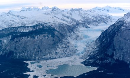 Haines Borough Commerce Committee considers revoking Alaska Excursions tour permit